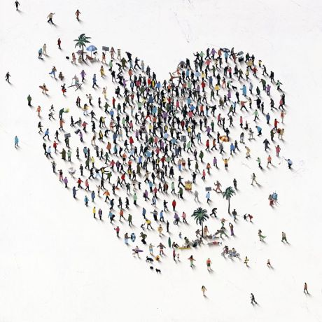 Craig Alan - Beach Comber - limited edition print of people on beach in the shape of a heart